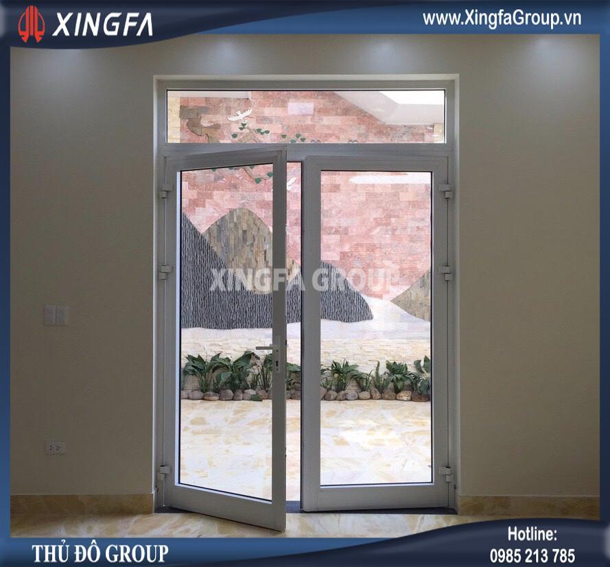 Cửa đi mở quay 2 cánh nhôm Xingfa nhập khẩu